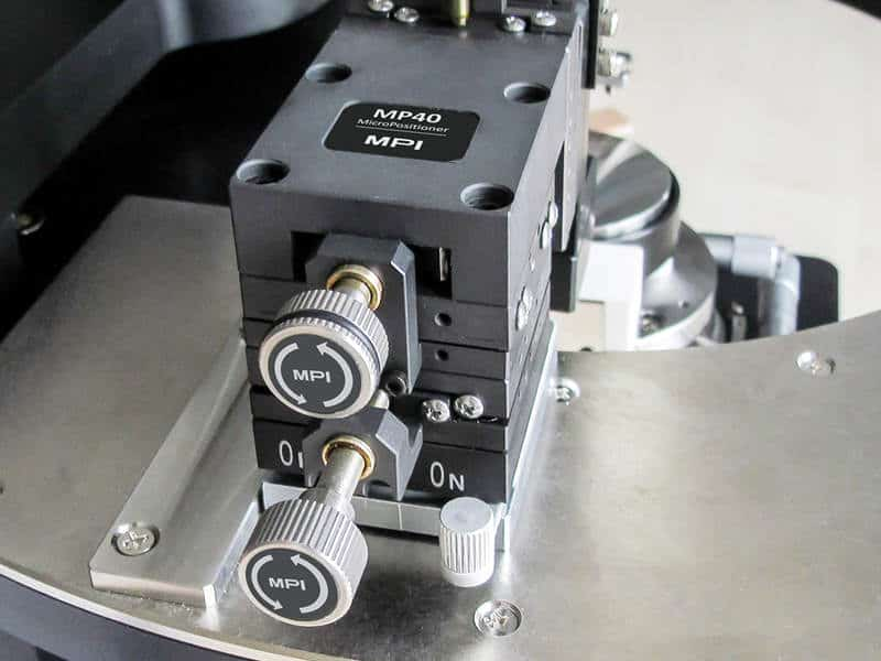 MPI MP25 MicroPositioner with Retangular Adjustment